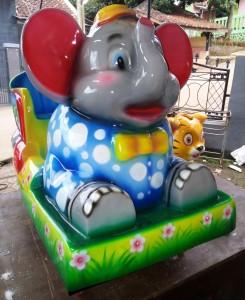 Odong odong model Gajah Sirkus